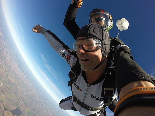 Les bonnes pratiques pour réaliser un saut en parachute en tandem ?